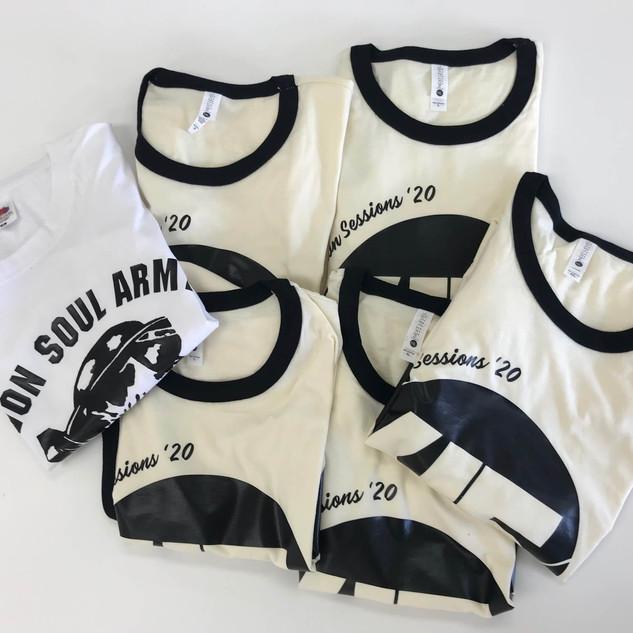 vinyl-t-shirt-printing_edited.jpg