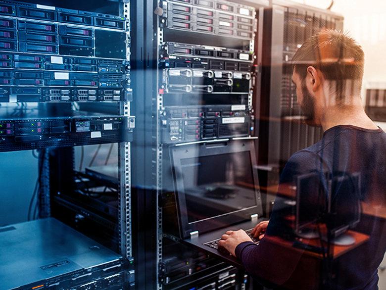data-center-network-solution-1.jpg
