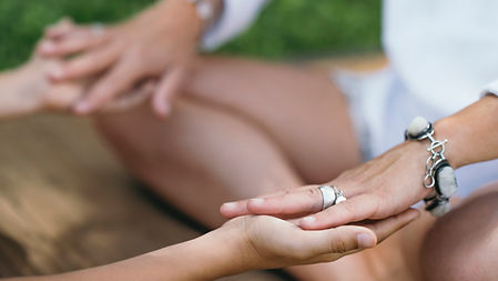 healing-hands-of-a-spiritual-healer-VN34