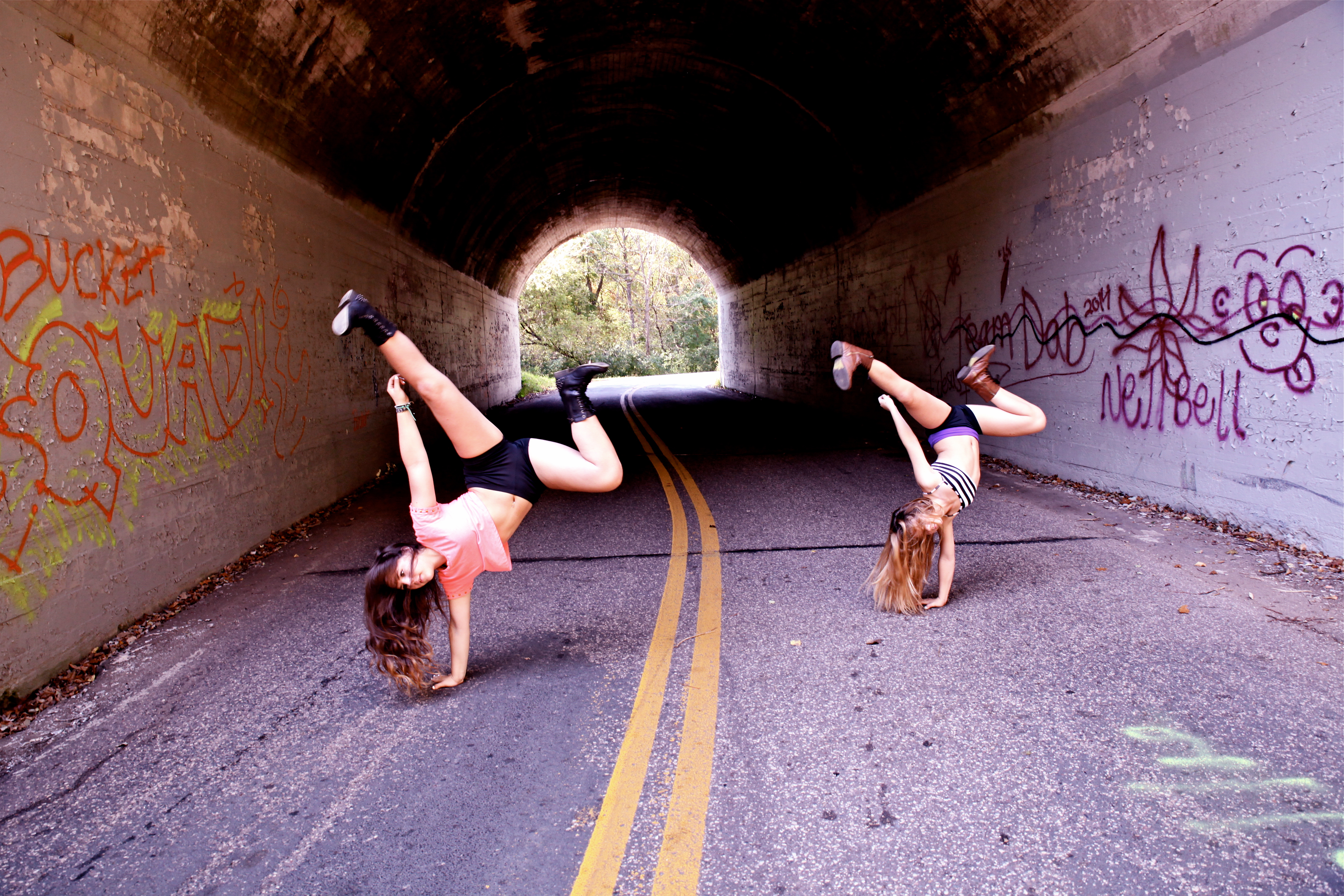 Dance Photo Adventure: Sisters