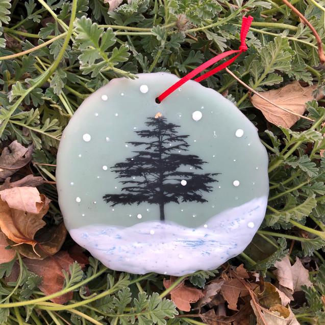 Snowfall ornament no. 7