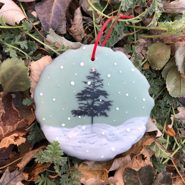 Snowfall ornament no. 3