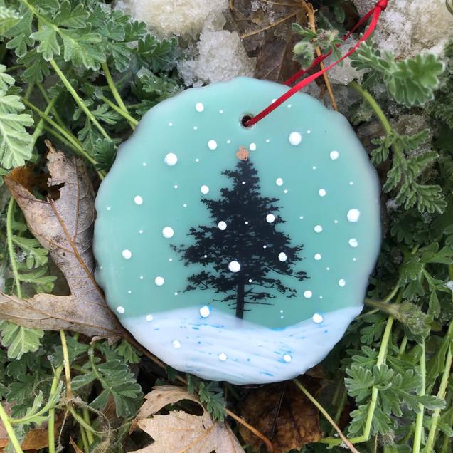 Snowfall ornament no. 19