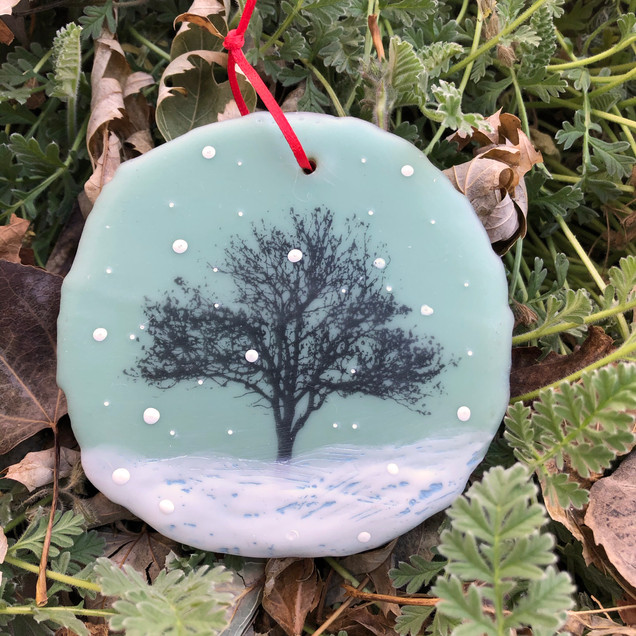 Snowfall ornament no. 6