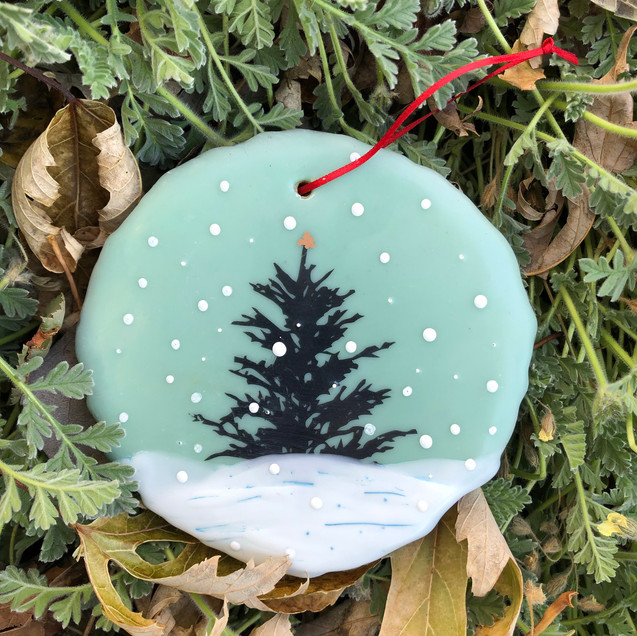 Snowfall ornament no. 17