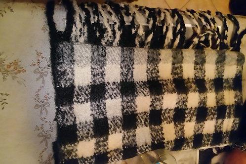 Écharpe noire /blanche