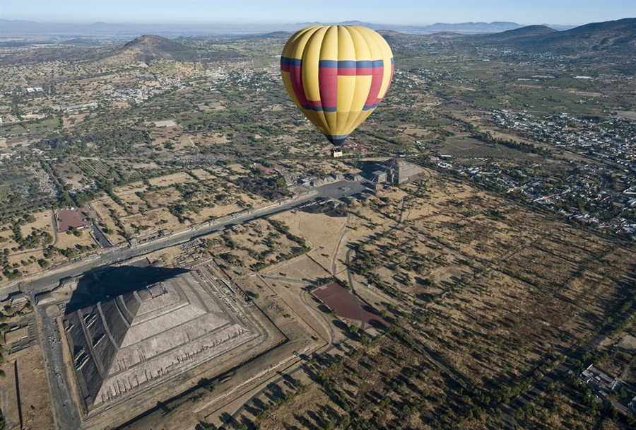 -Hot Air Balloon Tour Teotihuaca