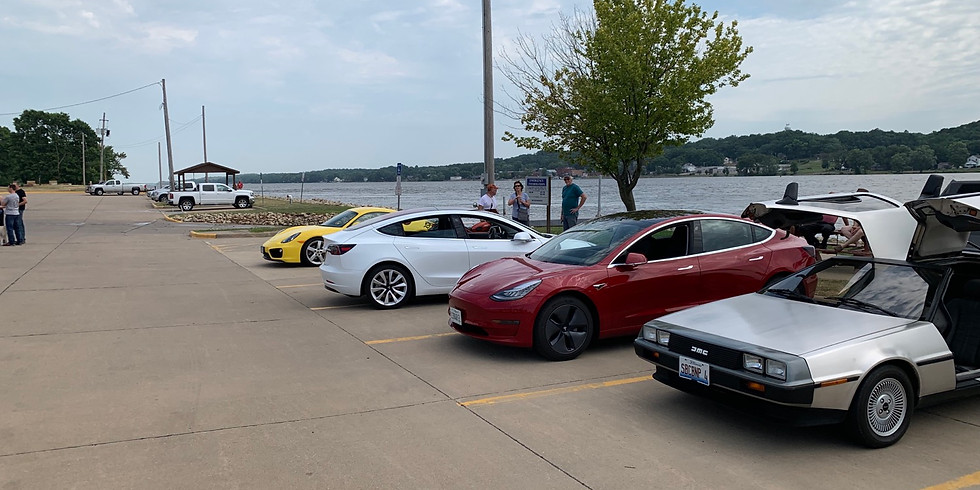 Cars and Coffee LeClaire, Iowa