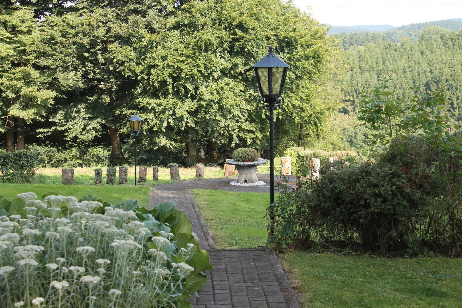 Tuin Light of Being centrum in de Belgische Eifel