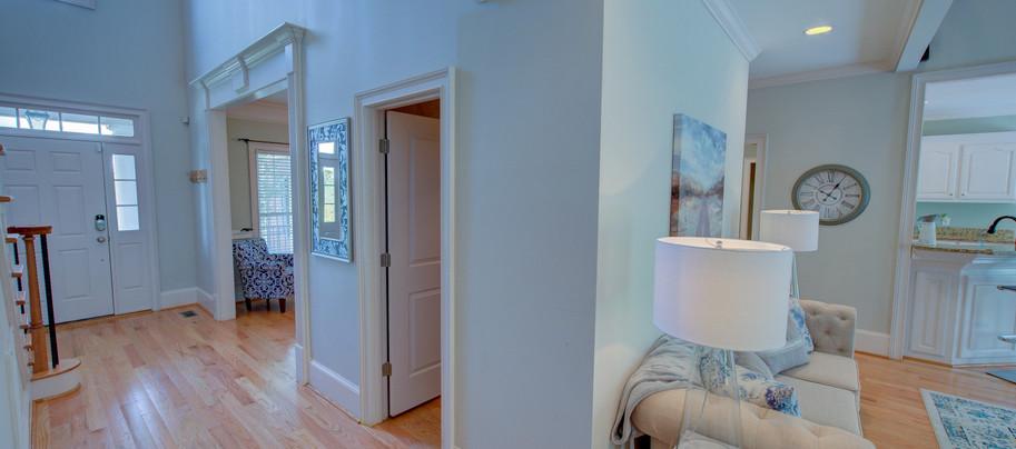 Interior (1).JPG