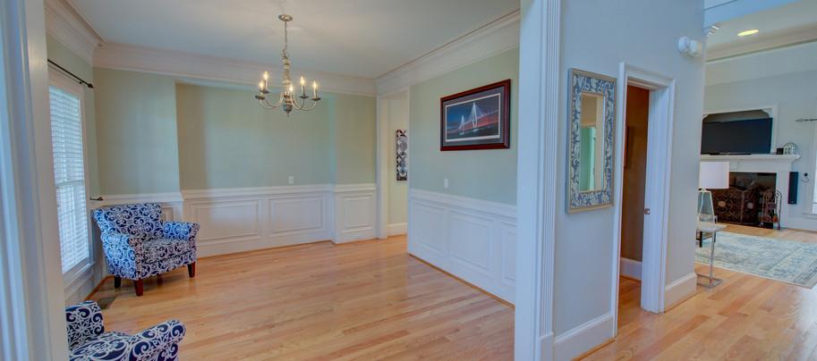Interior (14).JPG