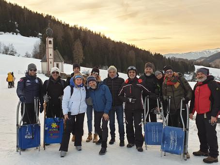 Escursione invernale con slittino alla malga Gampen / Rodelausflug Gampen Alm