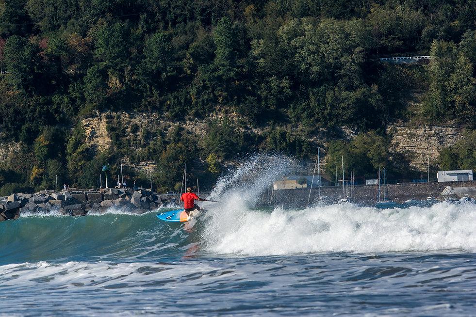superbe photo en sup-surf