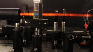 Infrared light antenna powers molecular motor