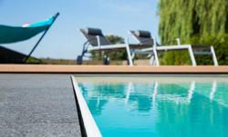 Chlorfreier Pool - Gärten & Pools Sven Studer AG