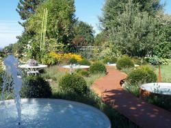 Wasserspiel für Garten - Gärten & Pools Sven Studer AG