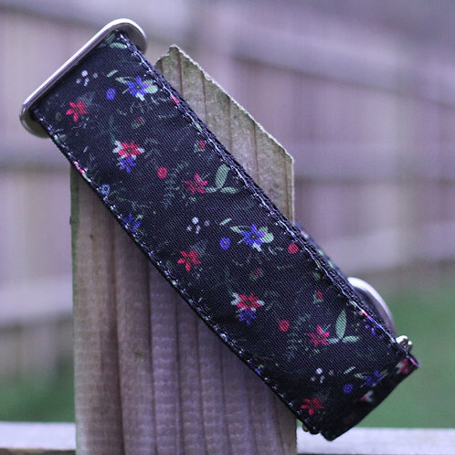 Black Floral Bio-Canvas Collar