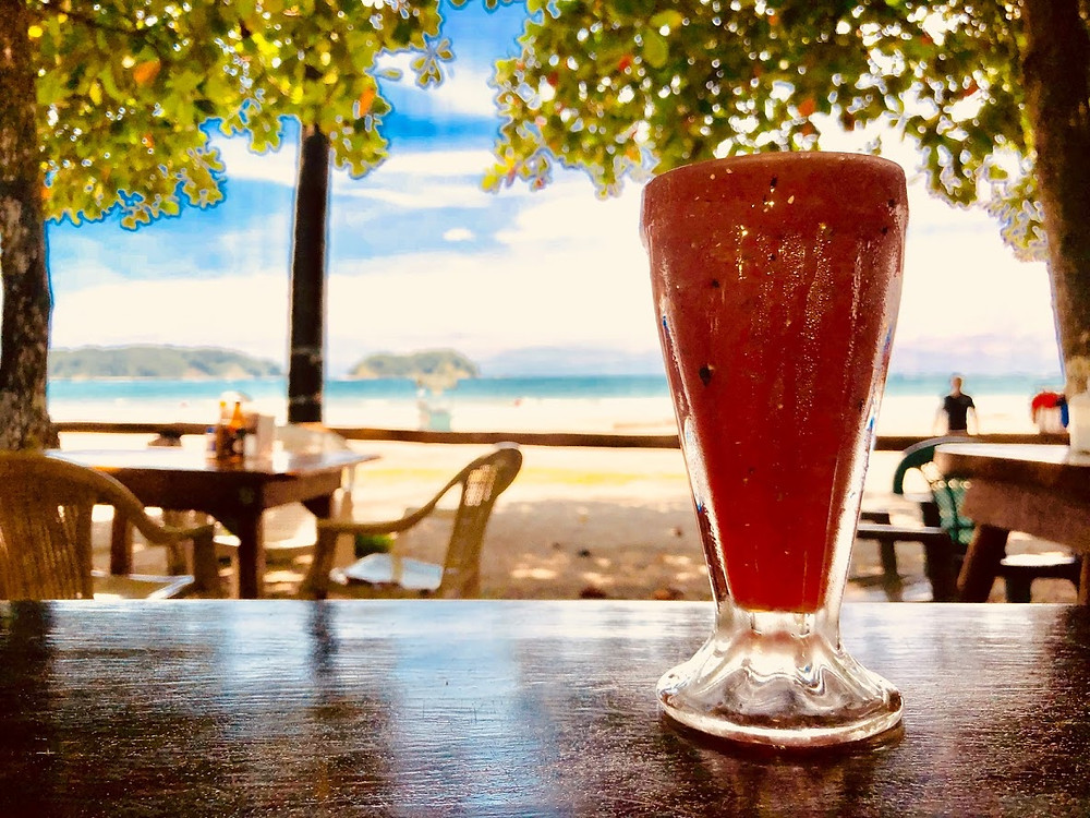 Bebida de sandia, a refreshing watermelon smoothy