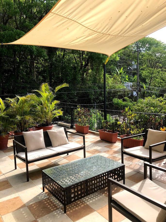 Top-terrace02.jpg