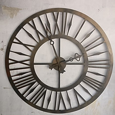 Wall clock Showpiece
