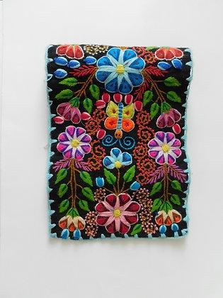 Table Runner Andean Floral Design.
