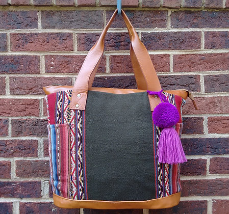 """ Qoya ""~ Andean Textile & Leather Purse"