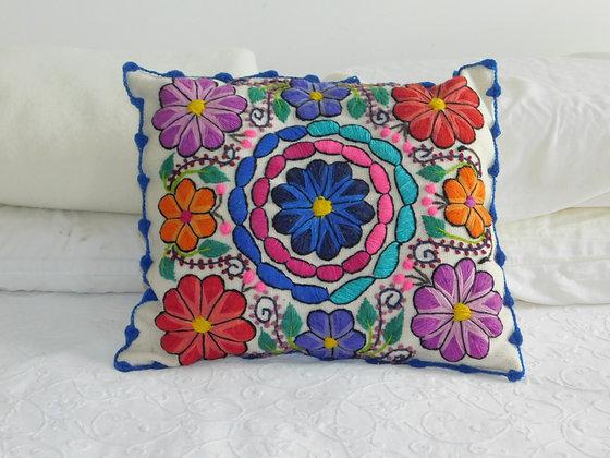 Pillow Andean Floral Design.