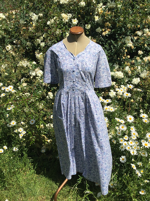 Pretty vintage Laura Ashley blue floral frock