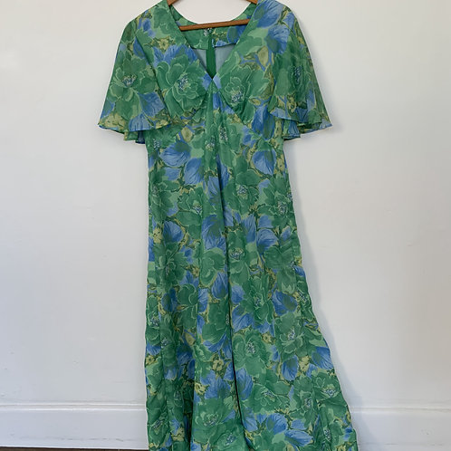 Pretty 1970s Maxi Dress