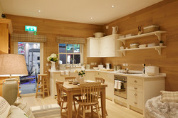 SCOTTISH BOTHIE COTTAGE - Open Plan Kitchen / Dining Area