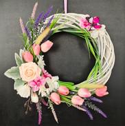 Door Wreath Improvisation White and Pink