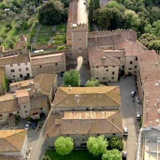 358897704-bolgheri-fortress-garden-roof-