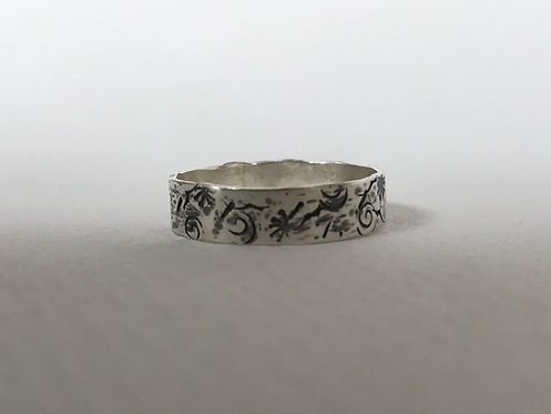 Graffiti ring