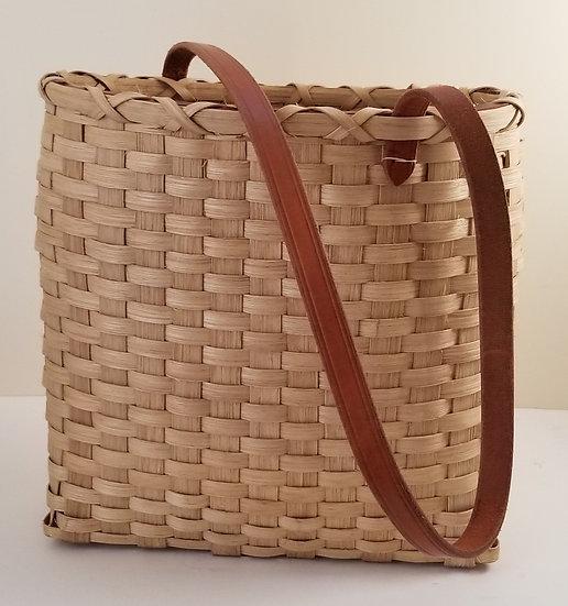 Farmers Market Shoulder Bag in walnut