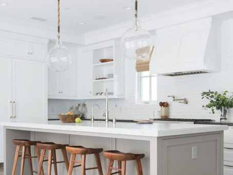 How to Choose Kitchen Cabinet Colors [that are right for you]