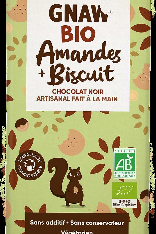 شوكولاتي الداكنة العضوية باللوز والبسكويت