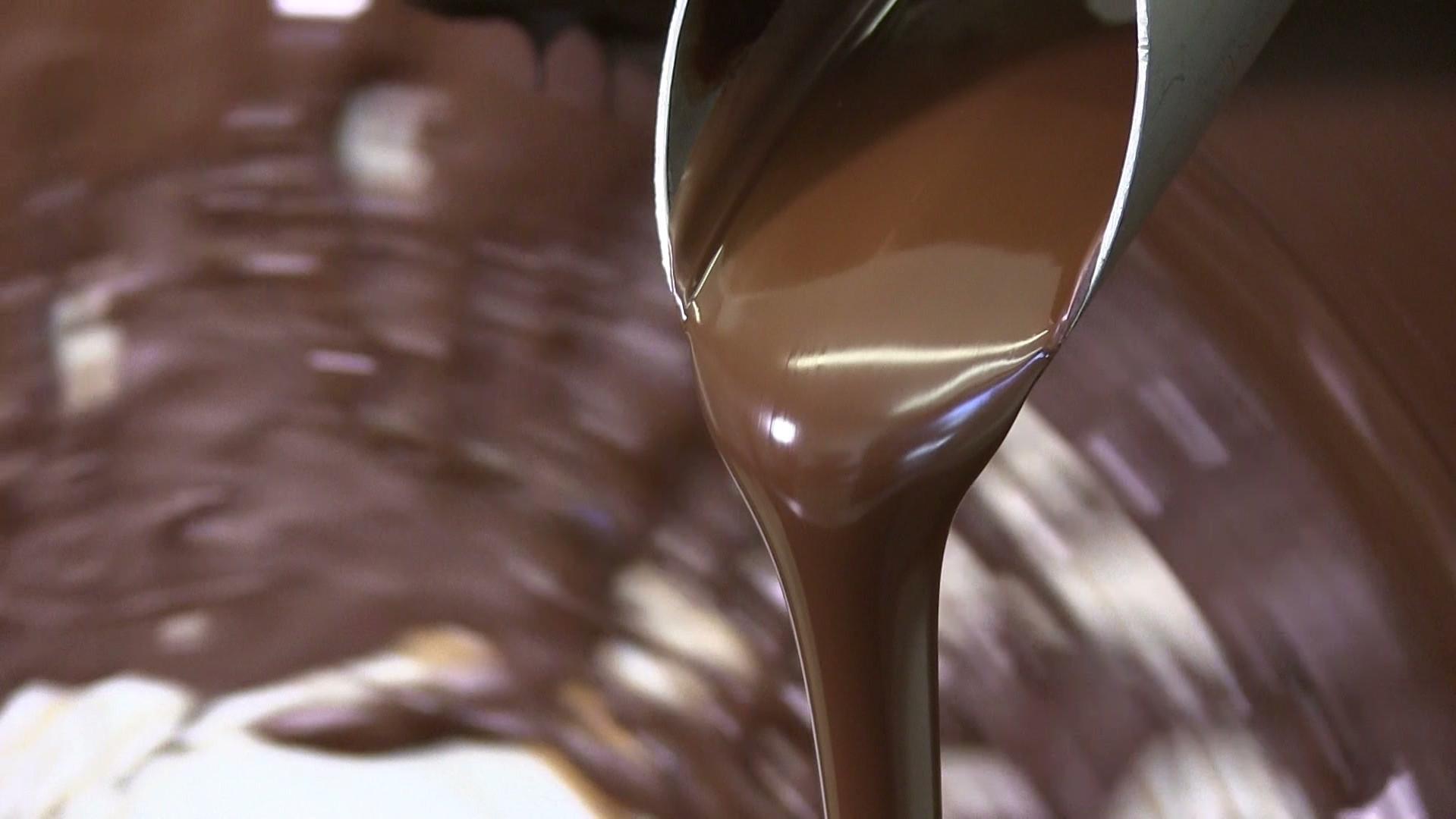 شوكولاتة عضوية من GNAW.mov