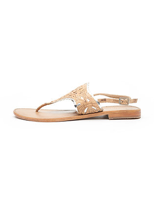 NEUTRAL SANDAL WITH METALLIC PIPING