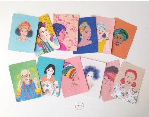 מארז 12 גלויות איורי נשים