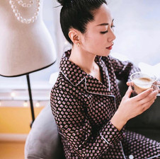 Perfect morning vibes☕️_Super chic & ele