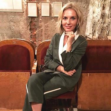 The casual luxury🌟_Stunning Anastasia _