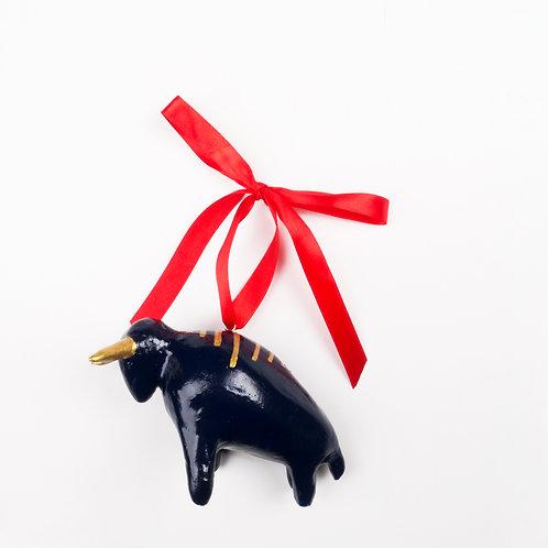 IZBA rouge handmade x-mas tree toys in bull shape