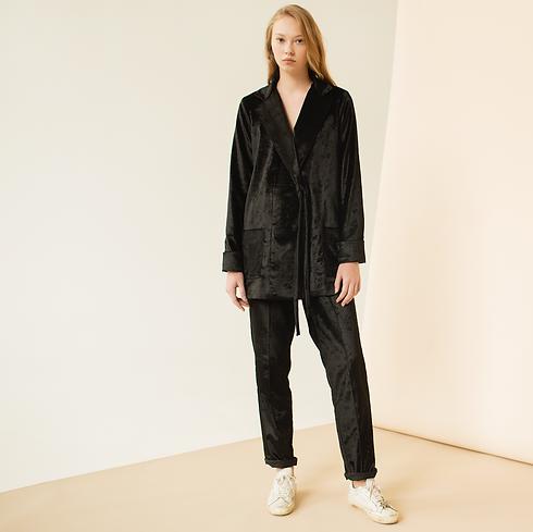 Черный бархатный пижамный костюм
