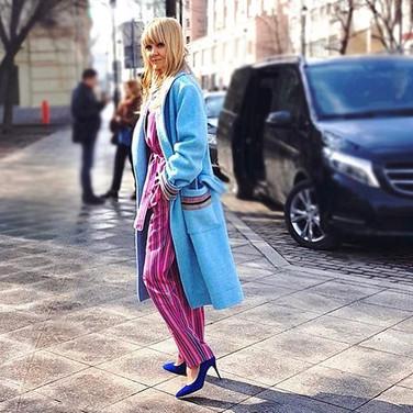 Прекрасная Валерия _valeriya в пальто-х