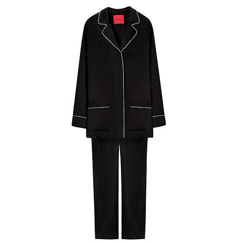 Черный пижамный костюм  €189 / $209