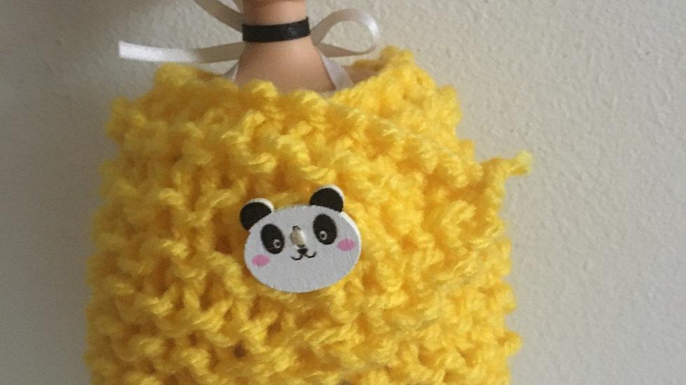Châle en laine jaune pour poupée barbie