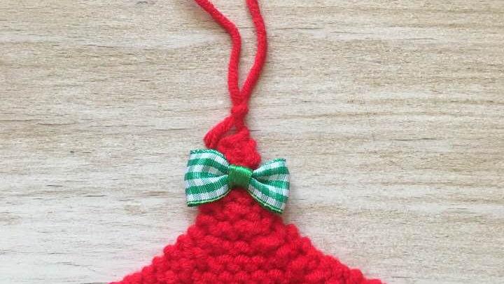 Mini sapin en laine rouge déco ornement de Noël nœud vichy