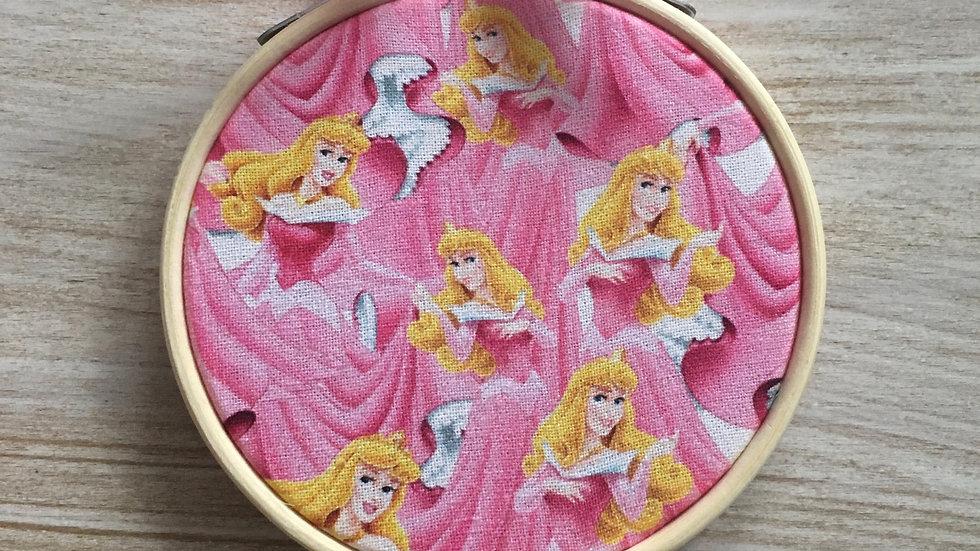 Tambour cercle Disney La Belle au bois dormant Aurore la princesse