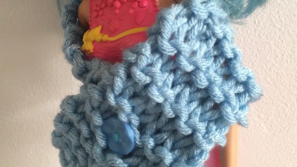 Étole bleu en laine poupée Barbie