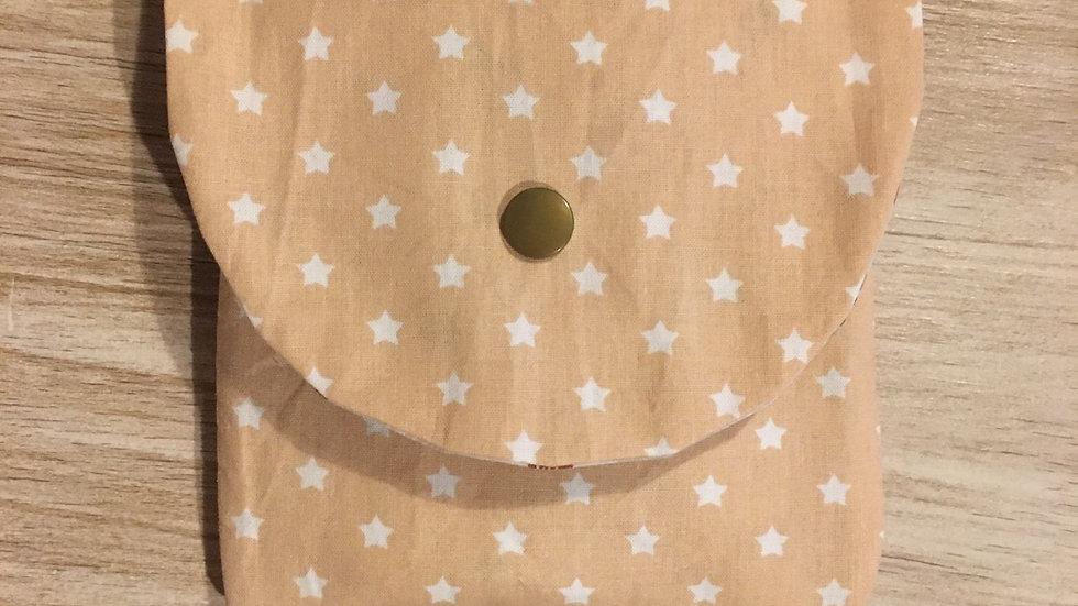 Pochette à masque étoile et petit faon